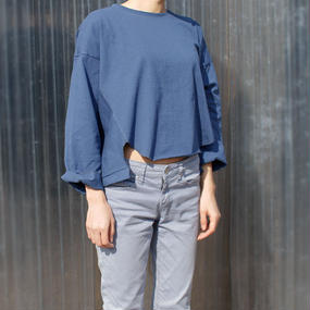 volume design cropped t-shirt