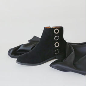 eyelet design flat ankle boots