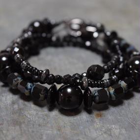 """オニキス チェコガラス ラップブレス""""ONYX czechglass wrap bracelet"""""""