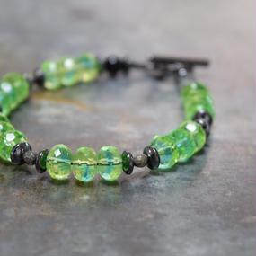 """アルクス チェコガラス シングルブレス〈イエローグリーン〉""""ARCUS czechglass single bracelet(YELLOW-GREEN)"""""""
