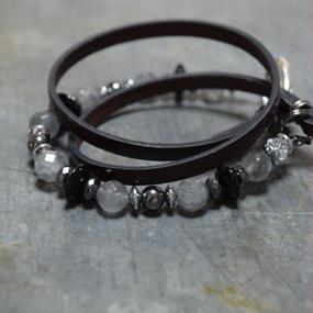 グレーオニキス レザー ラップブレスレット[ダークブラウン]''GRAYONYX leather wrap bracelet(darkbrown)''