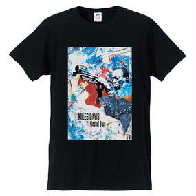 "Jazz Giants Series ""Miles Davis"" T-shirts〈Black〉"