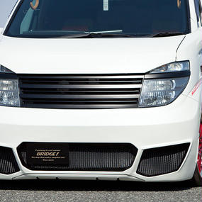 【Nissan Elgrand E51 (Early Model)】Spread E51前期 フロントバンパー