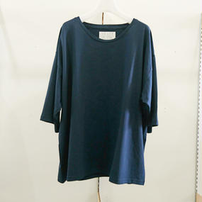 house of the very island / TEE / 14(D)(M)