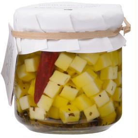 北海道チーズのオイル漬け