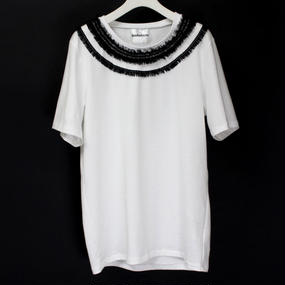 NECK LACE T-SHIRTS / 99 BLACK