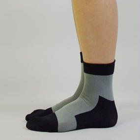 diddlediddle 路面店限定アイテム LET'S GO SOCKS / 90 BLACK GREY