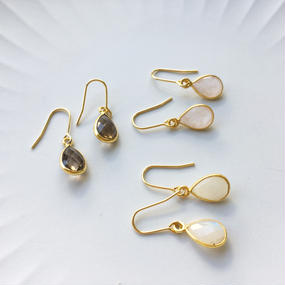 Pear-shaped ピアス(イヤリング変更可)