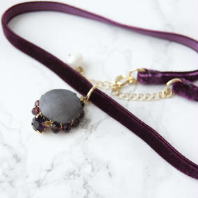 Flowing  Planet Choker - VIOLET