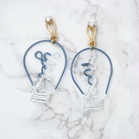 Arty Wire Pierced Earrings 2016 FW collection - yes no bulbs / dark blue /EARRINGS