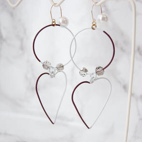 Arty Wire Pierced Earrings 2016 FW collection - heart&circle chocolate / PIERCE