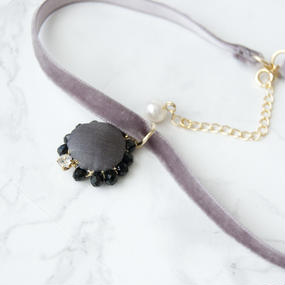 Flowing  Planet Choker - GRAY