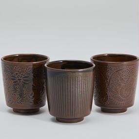 古釉 猪口(鉄釉)