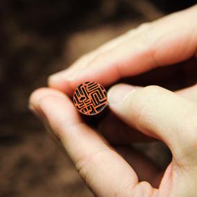 鶴見印舗こだわりの一品 15.0mm丸 黒水牛 - 金沢で創業百四十年の老舗はんこ屋のこだわりのはんこ