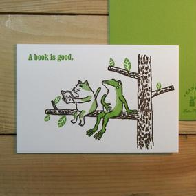 猫とカエルが木の上で(グリーン・ブルー)