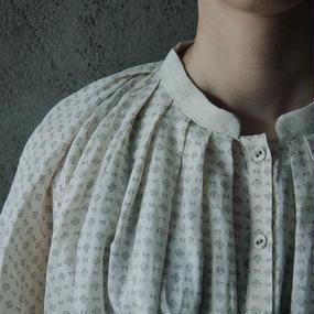 Tabrik print gather blouse
