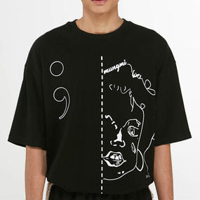 「MGI」BLACK FACE PRINT T‐SHIRT
