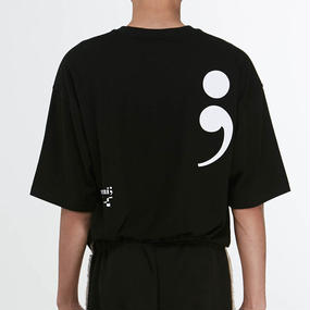 「MGI」BLACK SEMICOLON T-SHIRTS