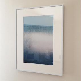 PHOTOGRAPHED BY YOSHIYUKI OKUYAMA (BLUE)