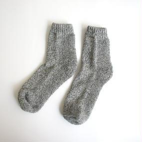 蒸れずに履ける 底パイルふわふわ靴下/ 撚り杢グレー