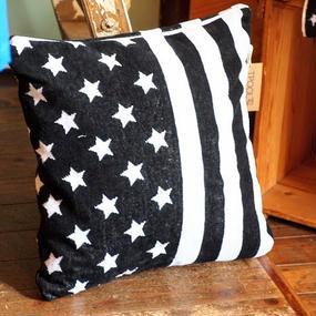 """""""TPOOL"""" Cushion Cover"""