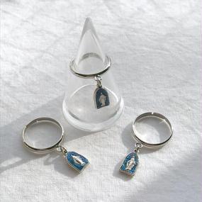 38 blue glitter pinky ring