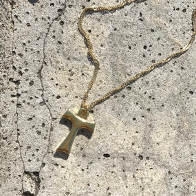 116 gold cross twist chain necklace