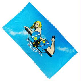 "SANTA MONICA AIRLINES ビーチタオル ""Girl on a plane"" Beach Towel"