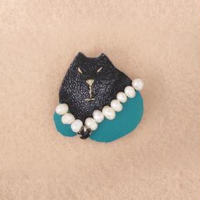小さなブローチ 猫貴婦人 003号【受注生産】