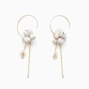 Minori Earrings / white , black
