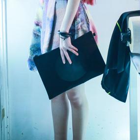 NICK NEEDLES / CIRCLE CLUTCH BAG