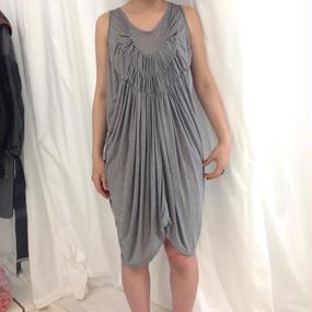 Grapeman dress gray