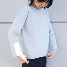 【amiu.c】ストレートネックスウェット/ライトグレー