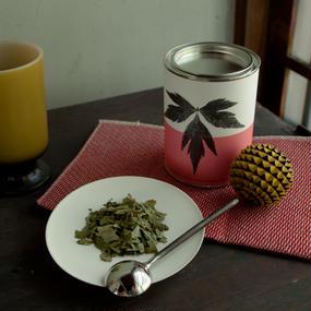 奈良高取の寒さにまけない大和当帰茶(リーフ/缶)