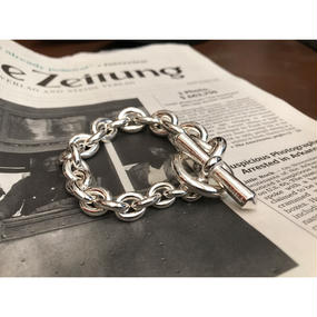 END The Gradient Bracelet.