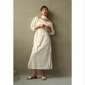 Décolleté Cut Off Linen Dress (White/Black) (ds047)
