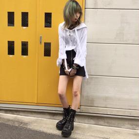 EAK0028 フードレースアップシャツ【ホワイト】