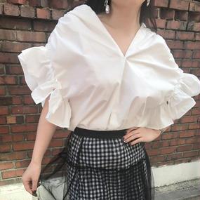 ★おすすめ★Vライン美人シャツ【二の腕カバー、デコルテ綺麗魅せ】