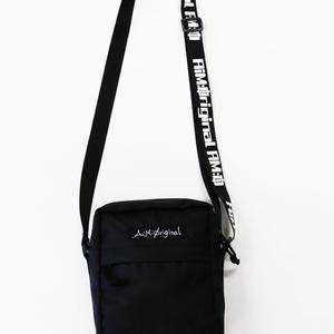 【愛美×2.5SPINNS】 ロゴベルトミニショルダーバッグ