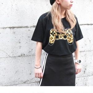 Tシャツヒョウ柄/DUALSHOCK(R)4  [プレイステーション]