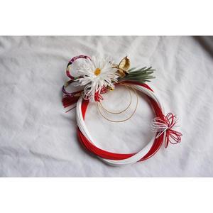 白菊と水引のお飾り