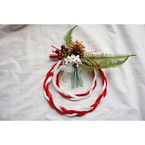 木の実と三つ編み水引のお飾り