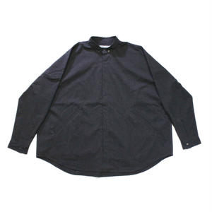 niche. / Goteo over shirts