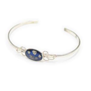 niche. argentina / Flower narrow bracelet