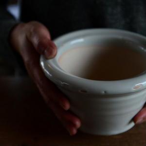 壷田亜矢さん  白磁乳鉢