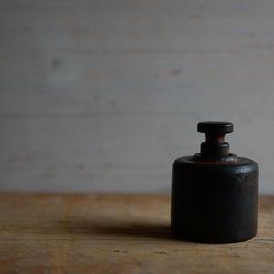 羽生直記さん  鉄のオイルランプ  (小)