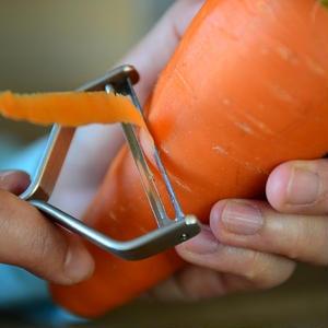 ピーラー替え刃(1枚)ヨシタ手工業デザイン室