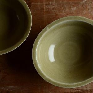 関口憲孝さん  黄釉楕円鉢 (磁)
