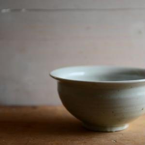 高田谷将宏さん 白磁5寸深鉢