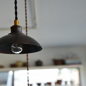 羽生直記さん  E12 ランプシェード
